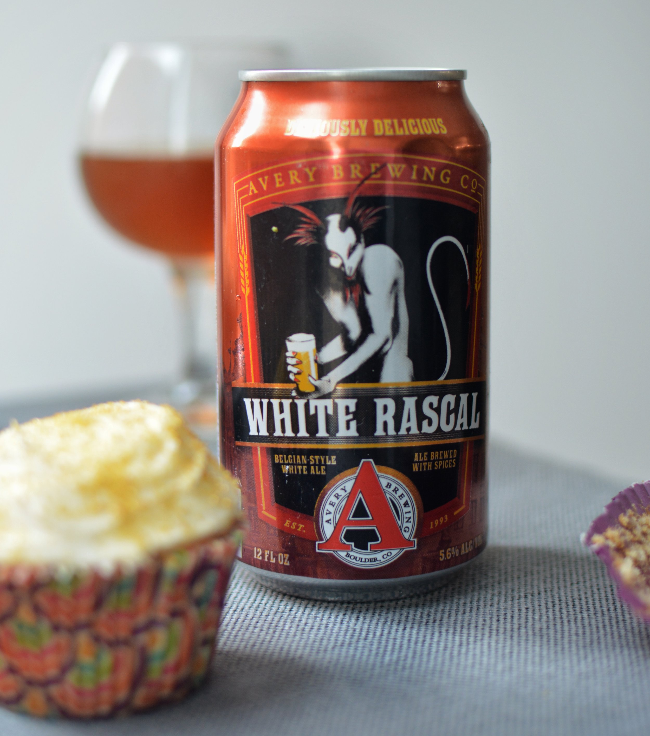 Avery White Rascal is the perfect pair for these vanilla cupcakes!