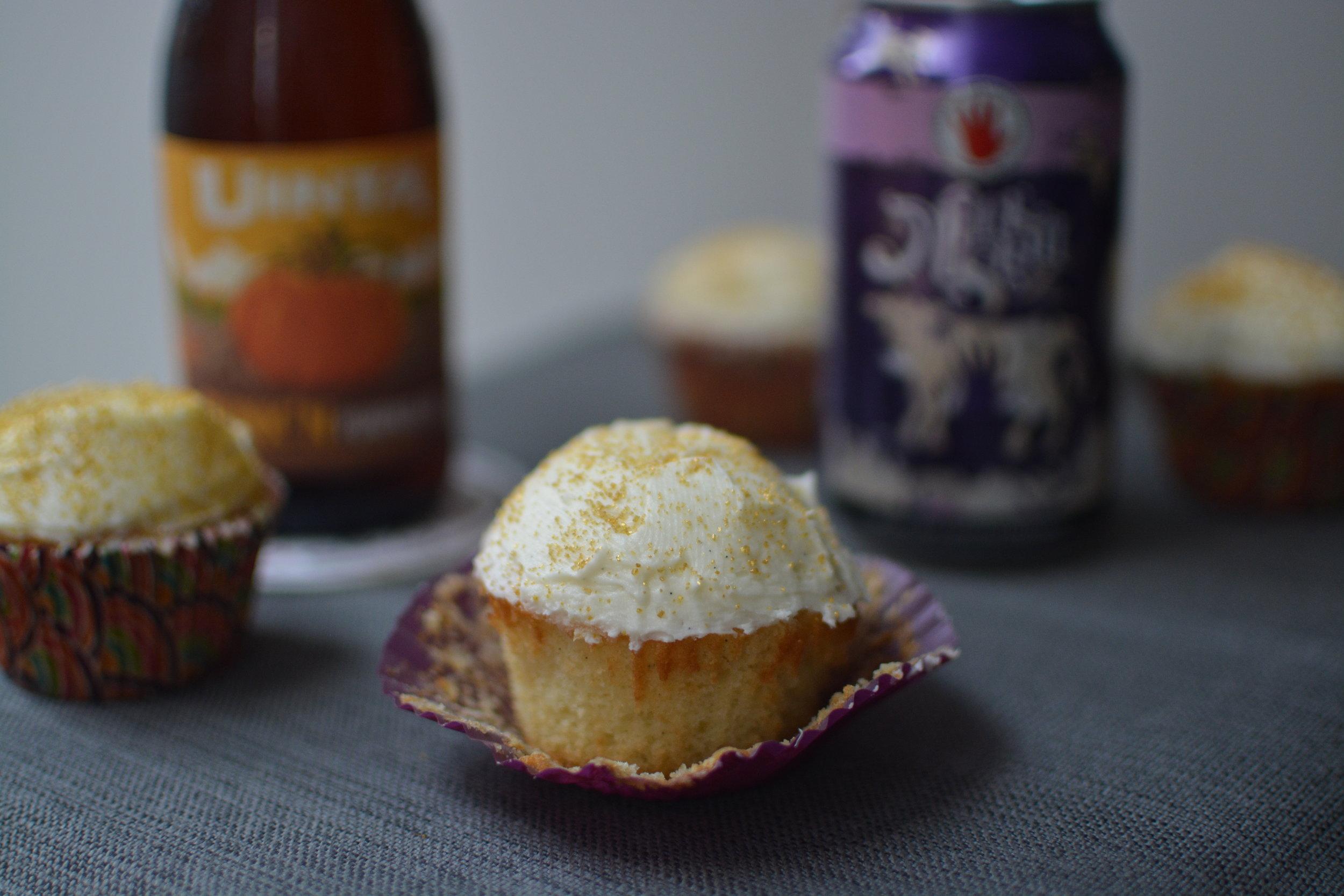 pumpkin-beer-cupcake.JPG
