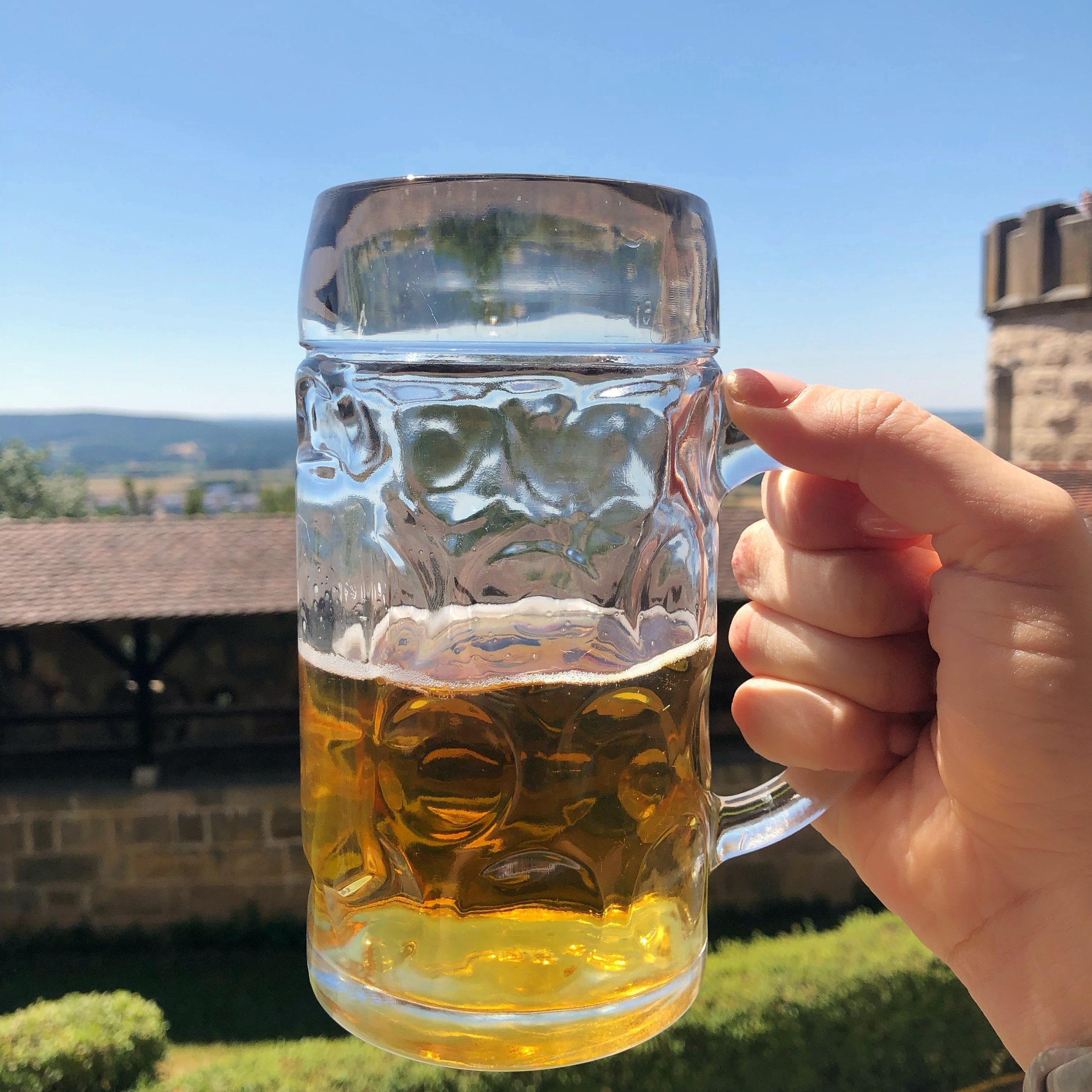 A helles with a side of castle.