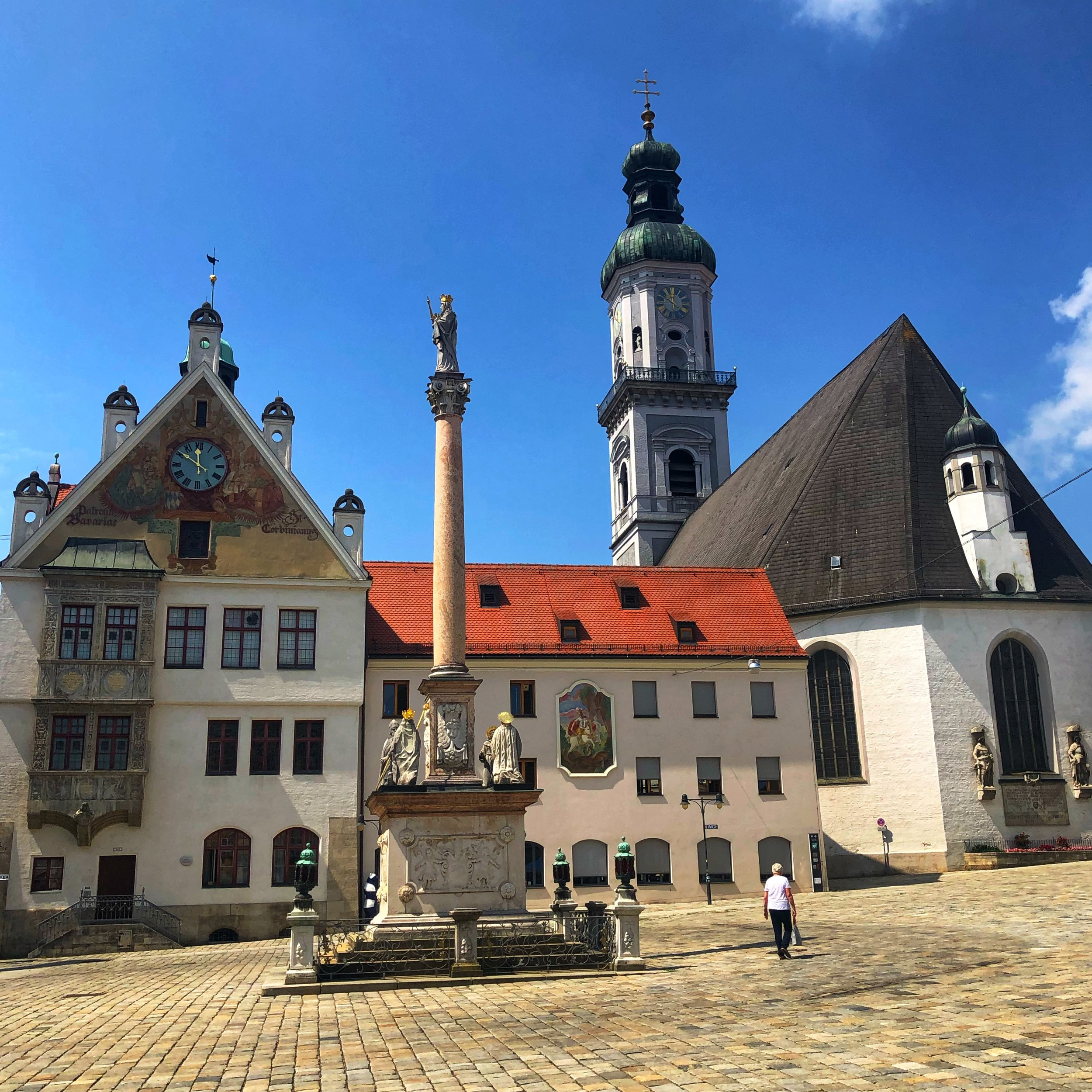 The town square in Freising (Yes it's on a hill!)
