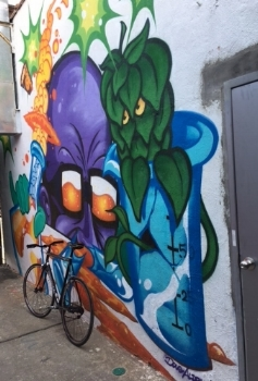Another mural at Sixpoint. Octohop?