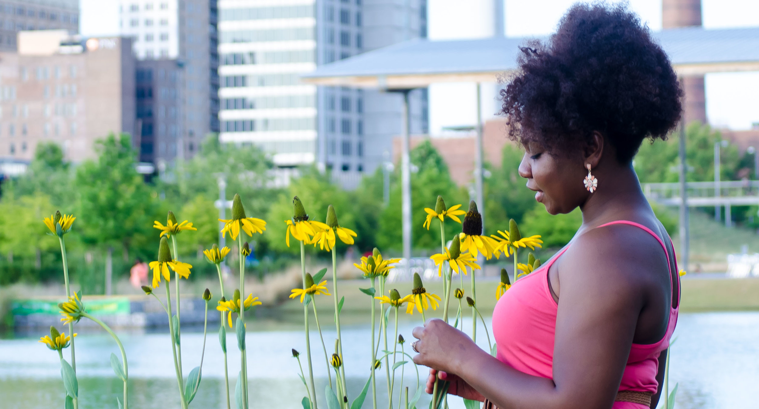 Megan Sunflowers (1 of 1).jpg