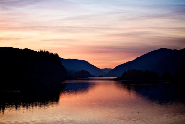 Columbia River Gorge National Scenic Area    Photo: Cory Tepper