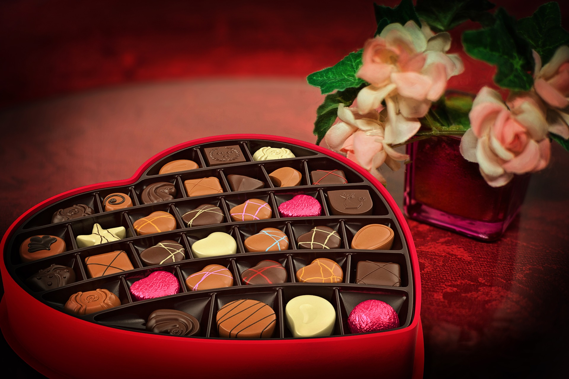60 million pounds of chocolate candies are sold during the week of Valentine's Day