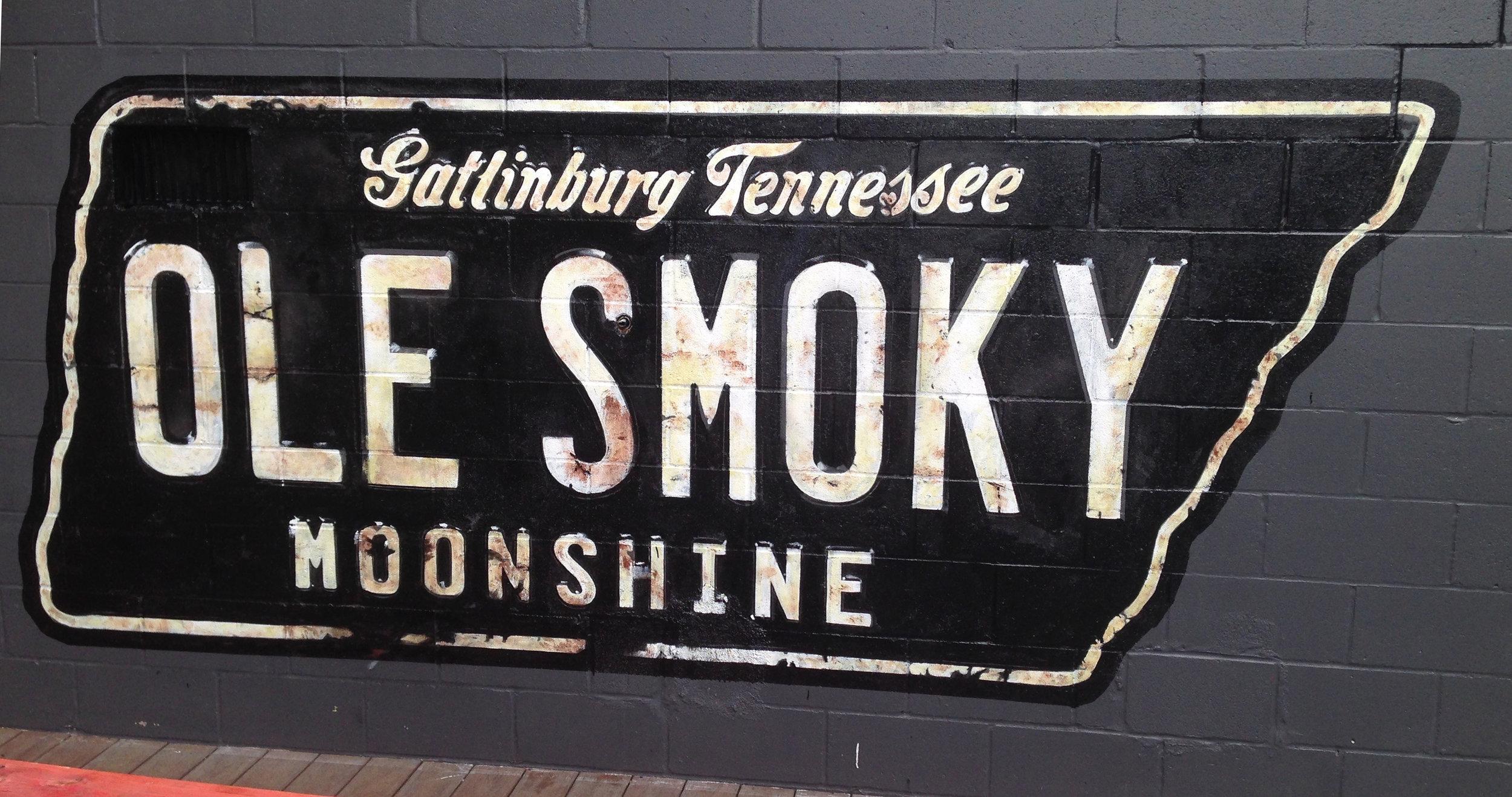 Exterior Logo | one shot enamel & latex paint | Hang Over Easy Restaurant |Cincinnati, Oh