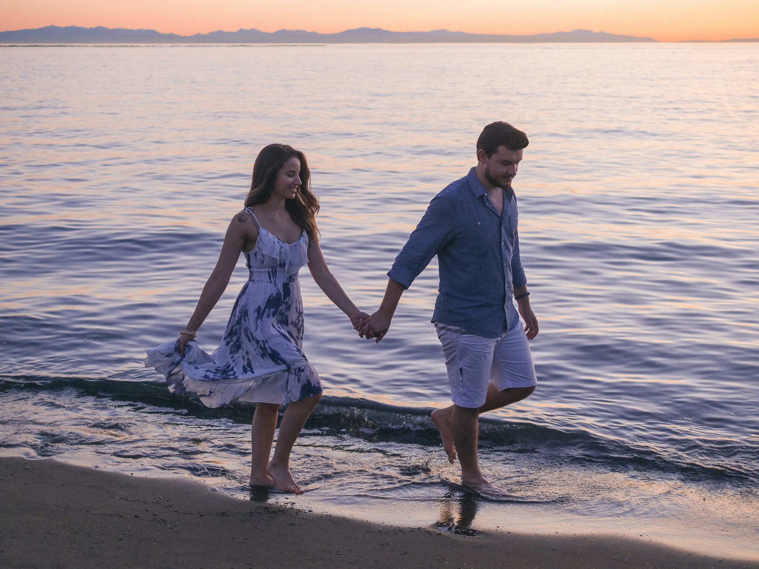 Alicia and Tyler - Ubc Vancouver    Engagement Photography