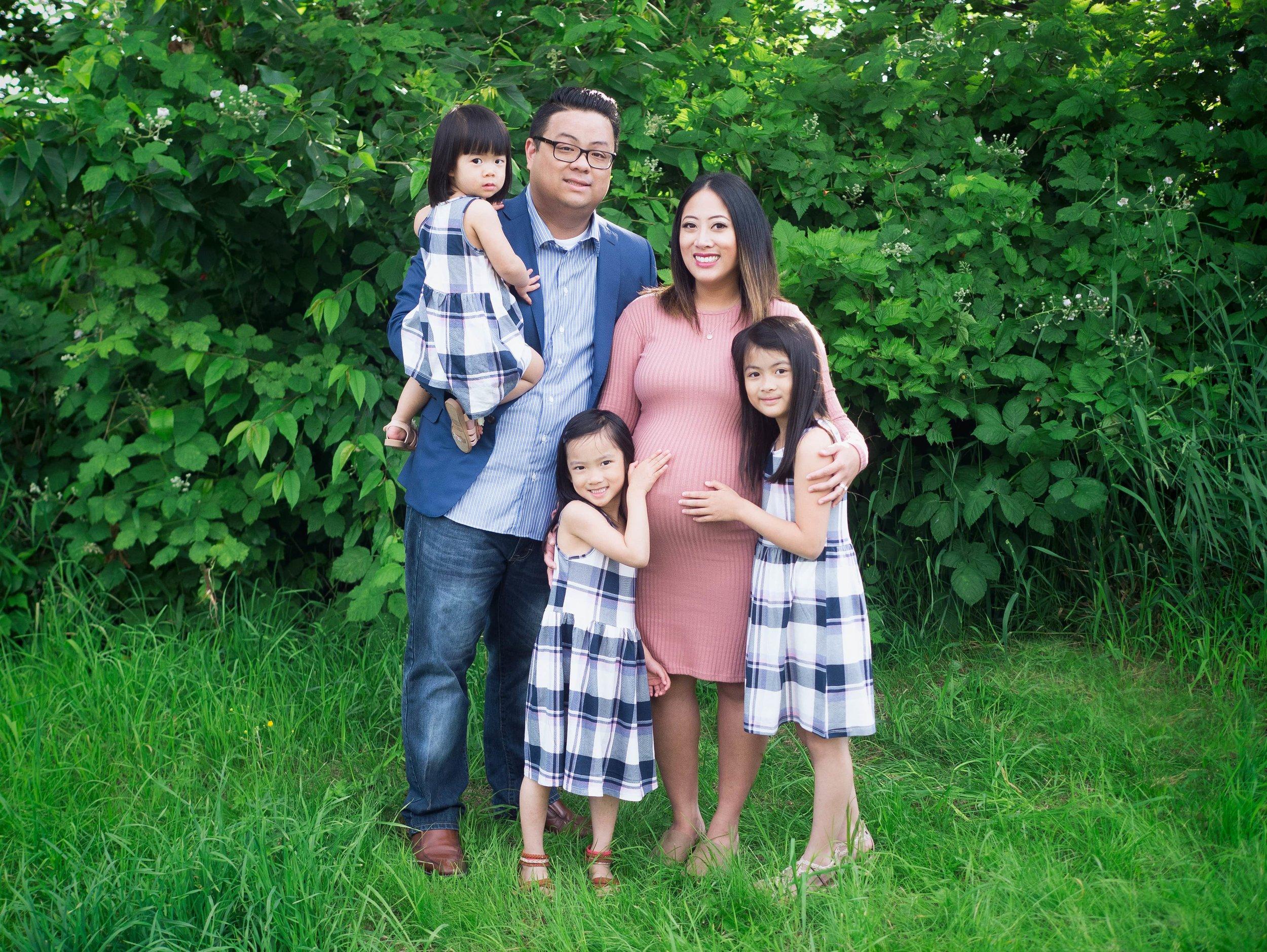 The Sy Family - Gary Point Park Richmond      Family Photography