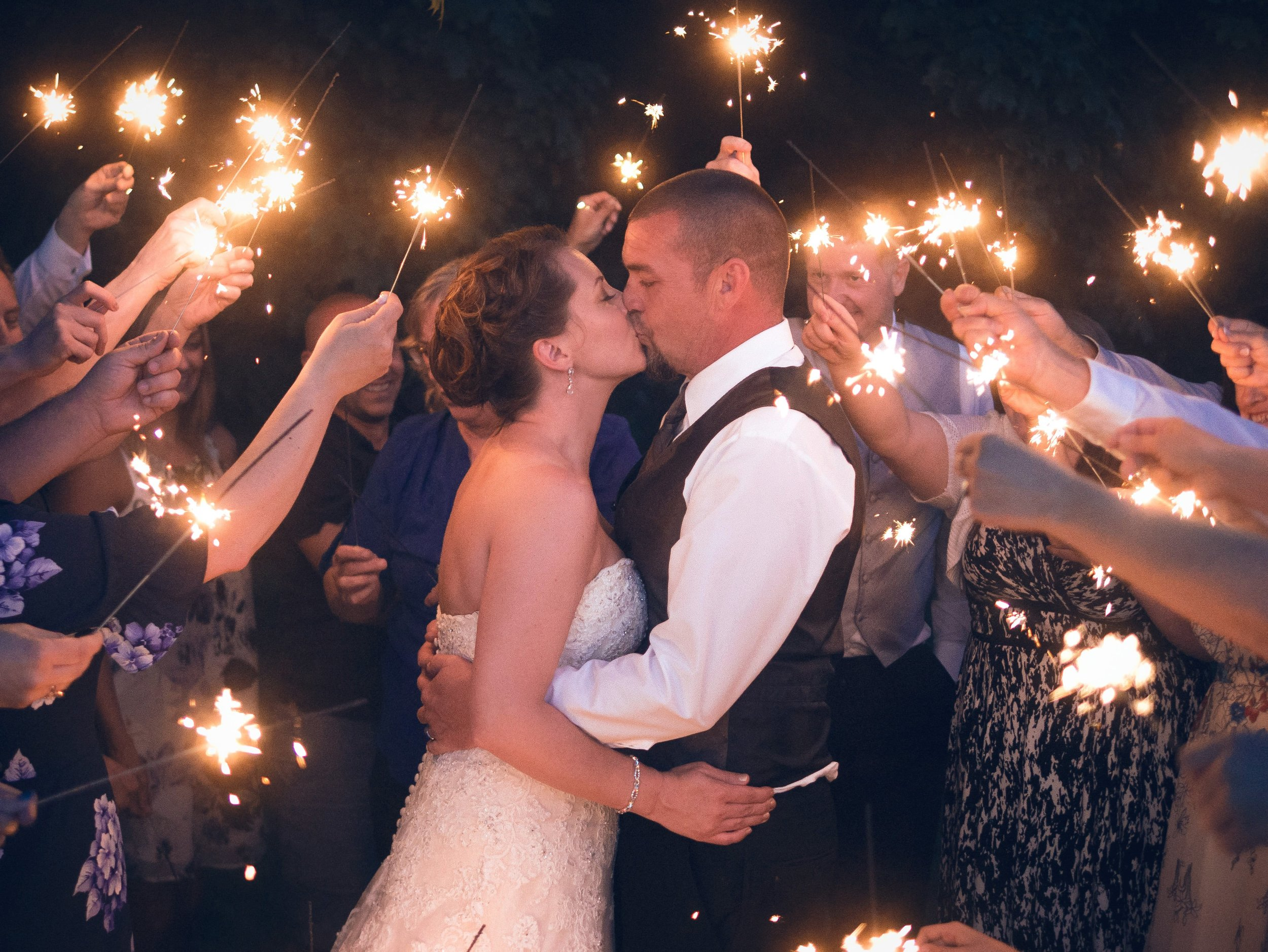 Dawn and Mike - Old Clayburn Village     Wedding Photography