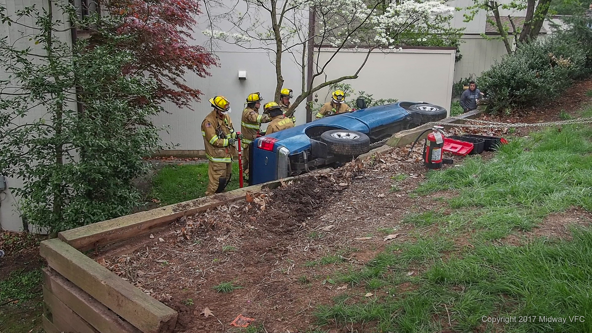 2017.04.25 at 2:37 PM - Rescue 5 from the Midway Volunteer Fire Company responded to a Mutual Aid Request (support) by Eagle Volunteer Fire Company to assist in an auto extrication in New Hope Borough. The vehicle was stabilized and its occupant was safely removed and transported to an area hospital. The cause of the mishap is under investigation.