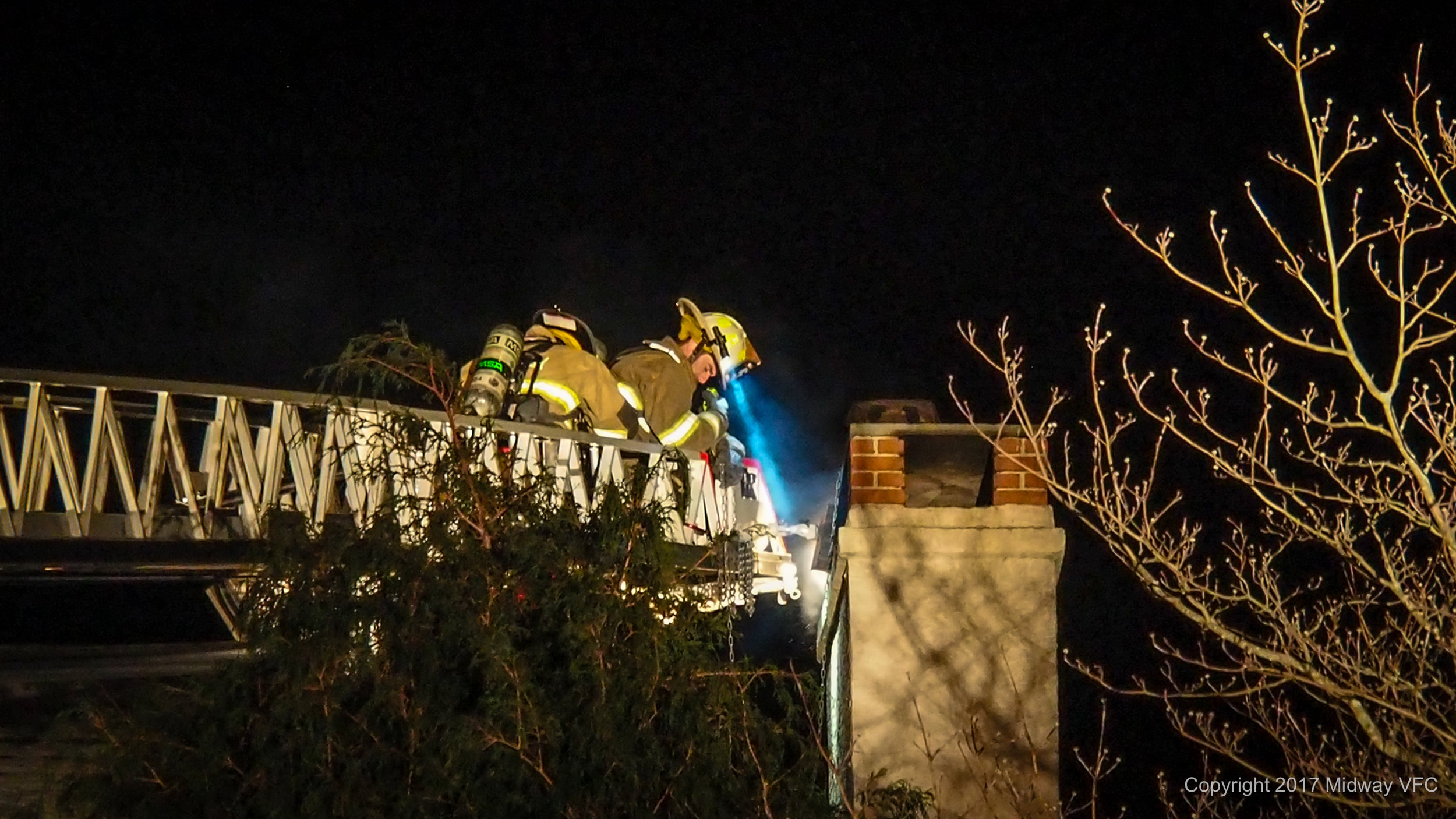 2017.12.14 at 11:29 PM Midway Volunteer Fire Company responded to a chimney fire at a residence on Hansell Road in Buckingham Township.There was no apparent structural damage.Neither the residents or first responders were injured at the scene.
