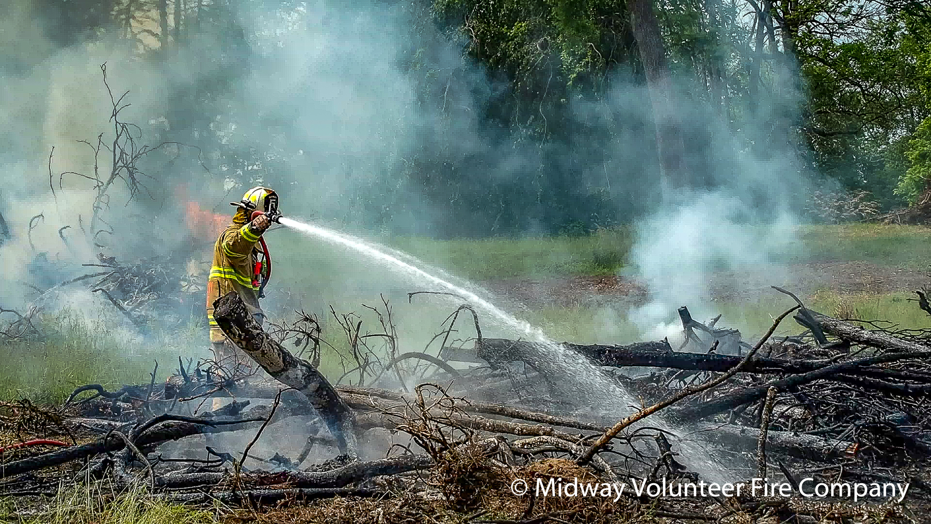 2019.06.01 - Midway's Field Truck 5 responded to the report of a brush fire on Upper Mountain Road. Upon arrival the Field 5 Crew assisted the land owner with containment of a controlled burn. Total time on the scene less than 20 minutes. No injuries were reported.