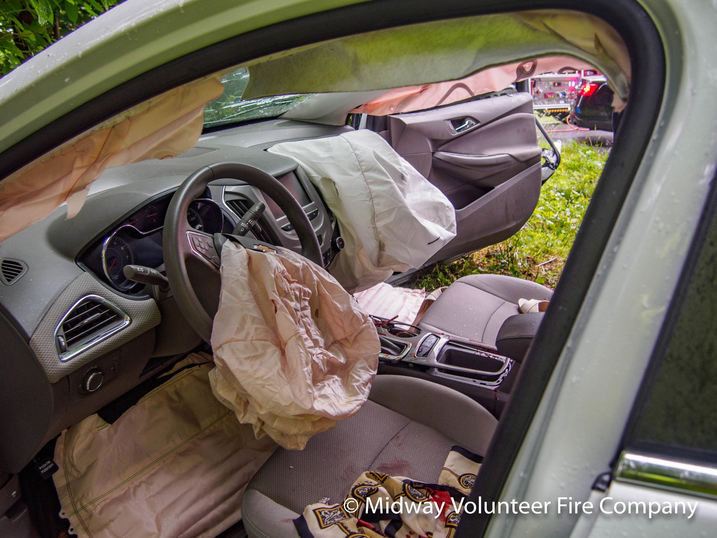 Car Front Seat-P6101264.jpg