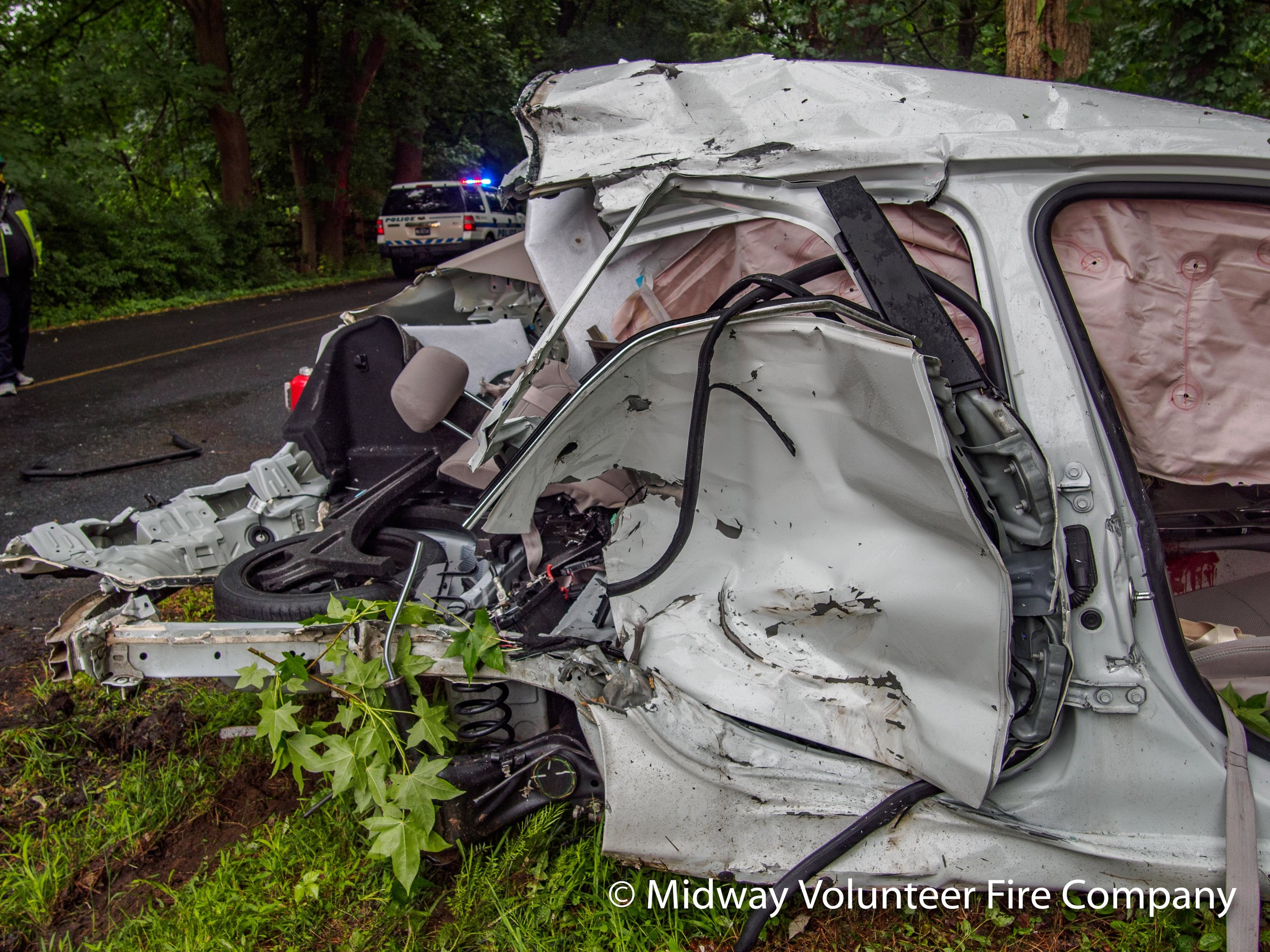 Car Passenger Rear Panel-P6101267.jpg
