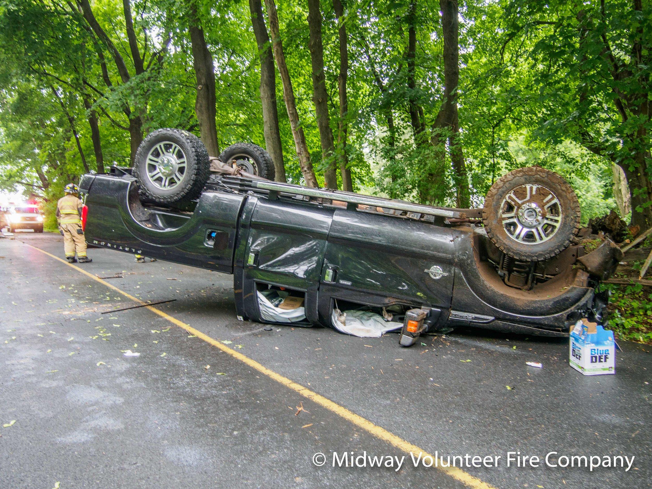 Truck Passenger Side-P6101243.jpg