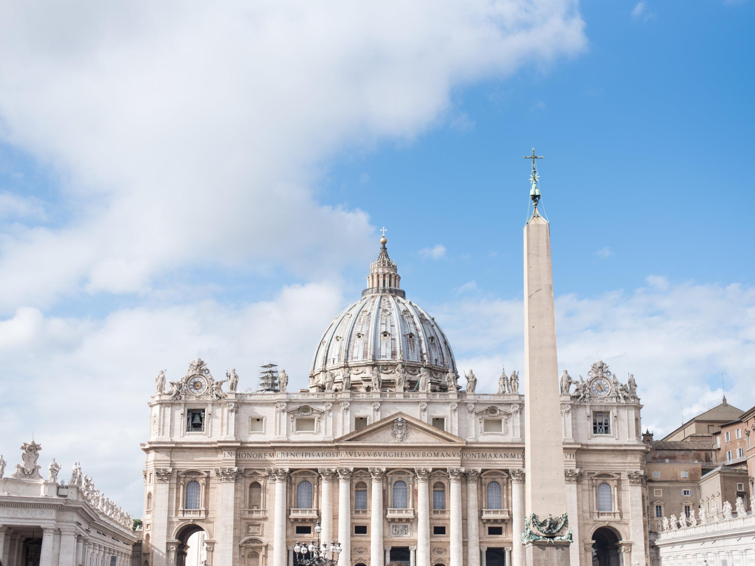 St Peters Basilica, Vatican Square