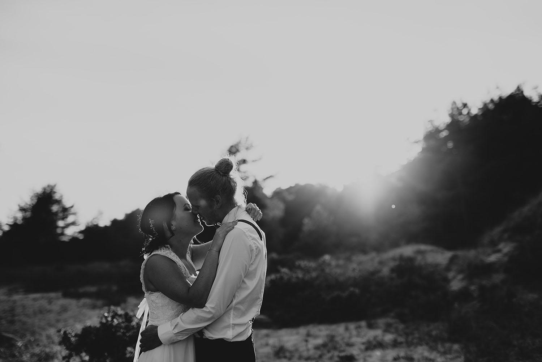 fotograf-halmstad-falkenberg-brollopsfotograf-brollop-brollopsfoto-weddingphotographer-bohemiskt-021.jpg