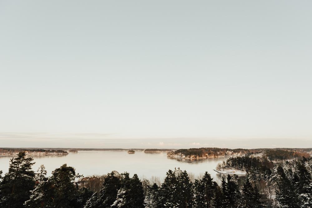 Bröllop i Stockholm under vinter vid havet
