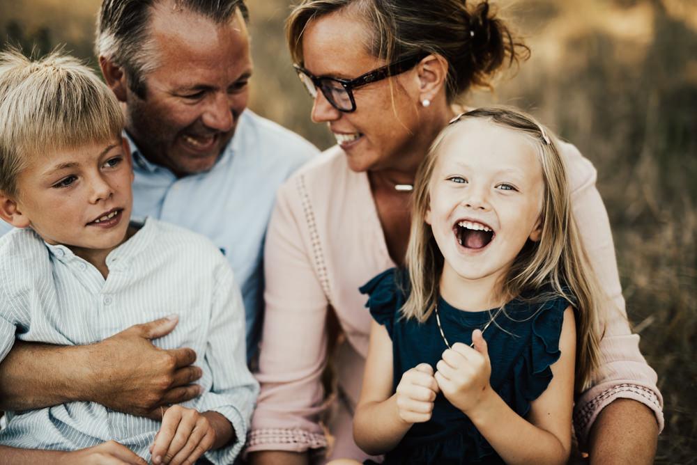 17-brollop-brollopsfotograf-familjefotograf-familjefotografering-halmstad-lifestyle-barnfotograf-halland-vastkusten-parfotograf-forlovning-brollopslokal-7-0001.jpg