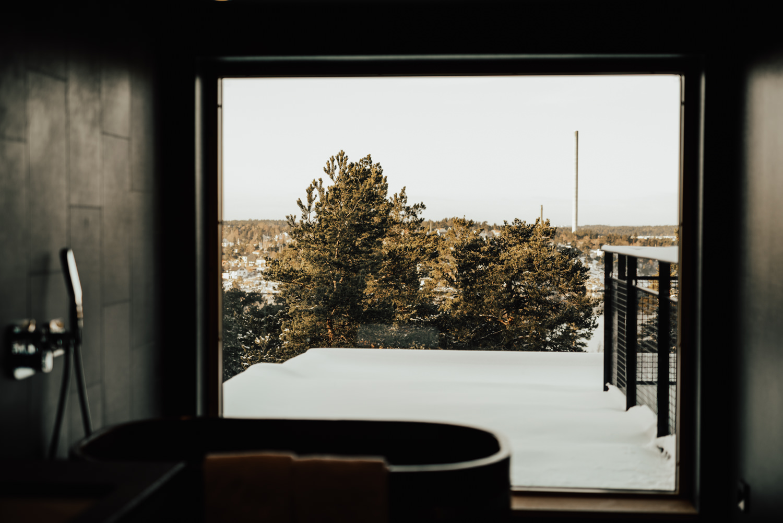 Linnsejphotography-fotograf-brollopsfotograf-brollop-stockholm-yasuragi-elopement-sweden-hemligt-brollop-borgerlig-vinterbrollop-vinter-brollopsinspiration--0003.jpg