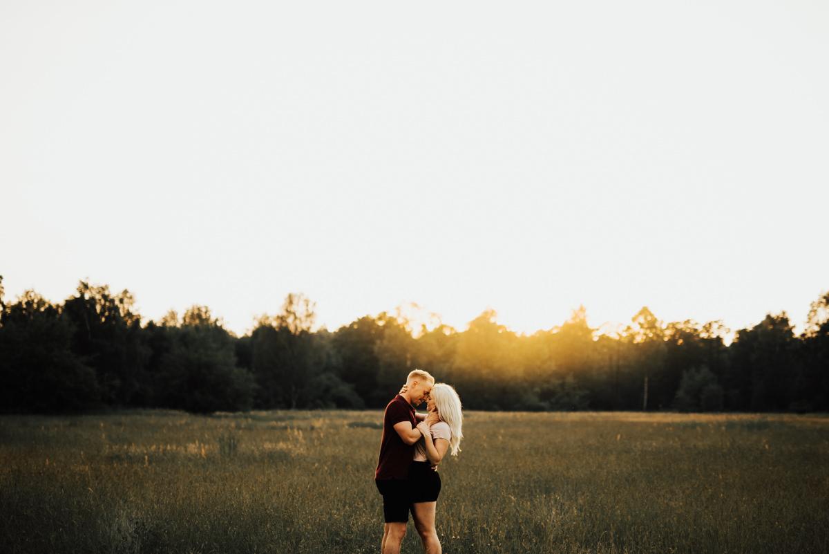 Linnsejphotography-brollopsfotograf-parfotografering-karleksfotografering-inforfotografering-forlovning-brollop-varberg-halland-halmstad-falkenberg-brollopsinpo-bohemiskt-lantligt-vastkusten-vastkustbrollop-0021.jpg