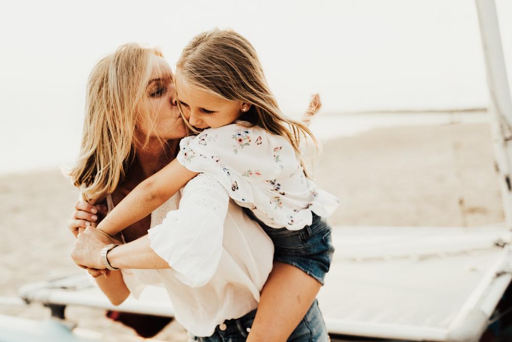 Linnsej-Photography-fotograf-halmstad-familjefotograf-familjefotografering-barnfotograf-syskonfotografering-sommar-i-halmstad-tylosand-frosakull-0015.jpg