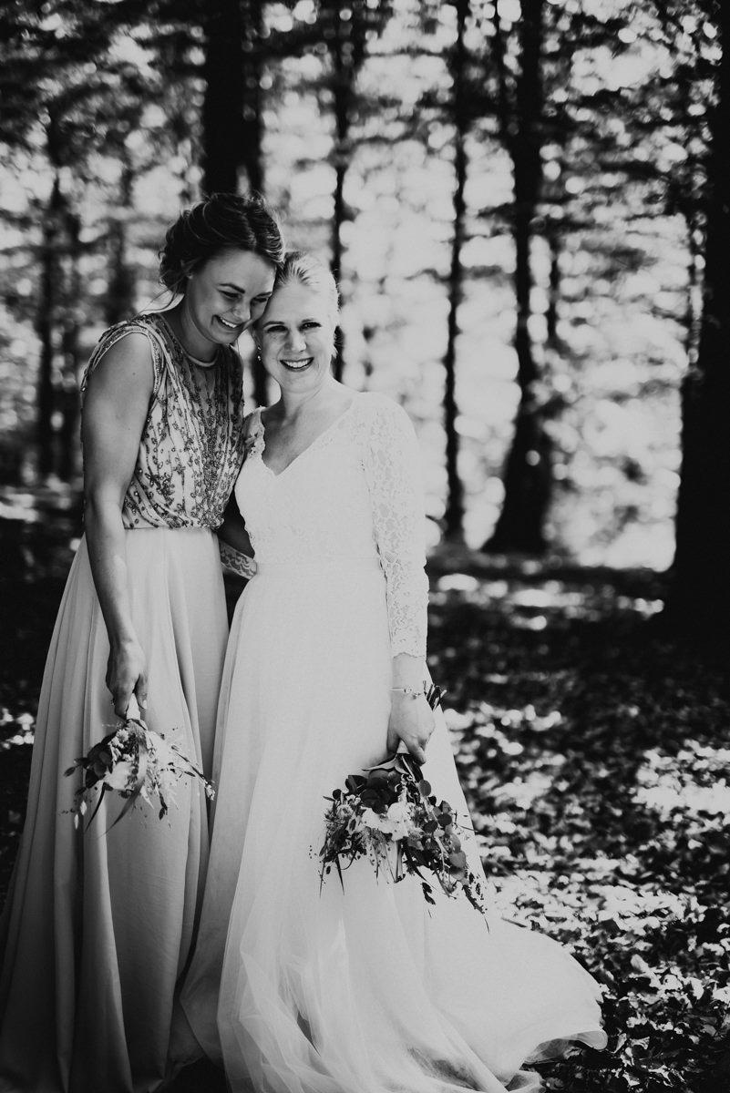 Linnsejphotography-brollop-brollopsfotograf-halmstad-susegarden-kvibille-bohemiskt-brollop-lantligt-wedding-sweden-susedalen-kvibille-0068.jpg