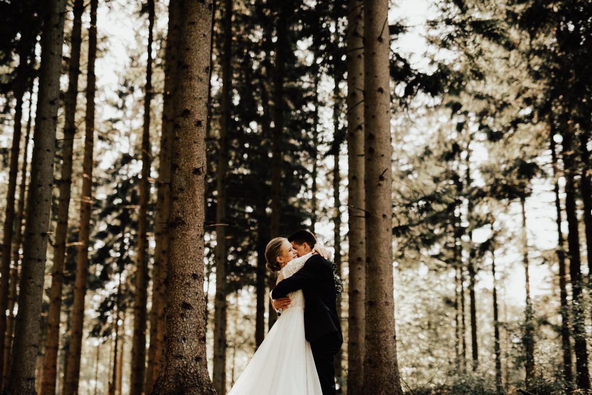 Linnsejphotography-brollop-brollopsfotograf-halmstad-susegarden-kvibille-bohemiskt-brollop-lantligt-wedding-sweden-susedalen-kvibille-0089.jpg