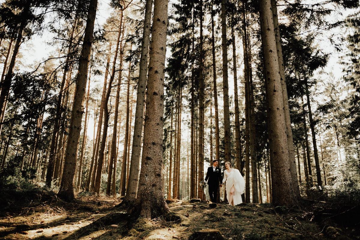 Linnsejphotography-brollop-brollopsfotograf-halmstad-susegarden-kvibille-bohemiskt-brollop-lantligt-wedding-sweden-susedalen-kvibille-0090.jpg