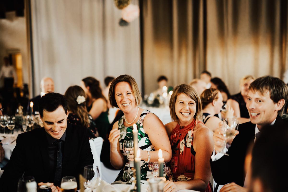 Linnsejphotography-brollop-brollopsfotograf-halmstad-susegarden-kvibille-bohemiskt-brollop-lantligt-wedding-sweden-susedalen-kvibille-0121.jpg