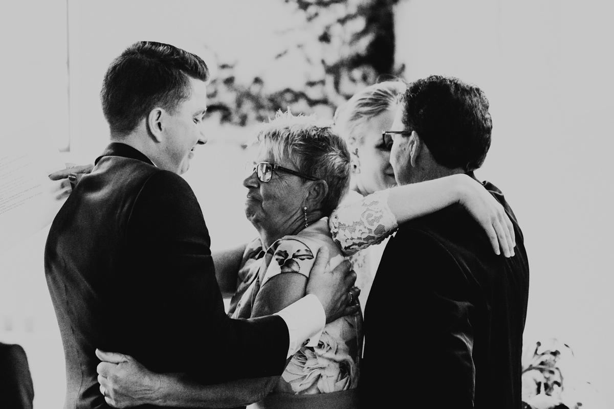 Linnsejphotography-brollop-brollopsfotograf-halmstad-susegarden-kvibille-bohemiskt-brollop-lantligt-wedding-sweden-susedalen-kvibille-0124.jpg
