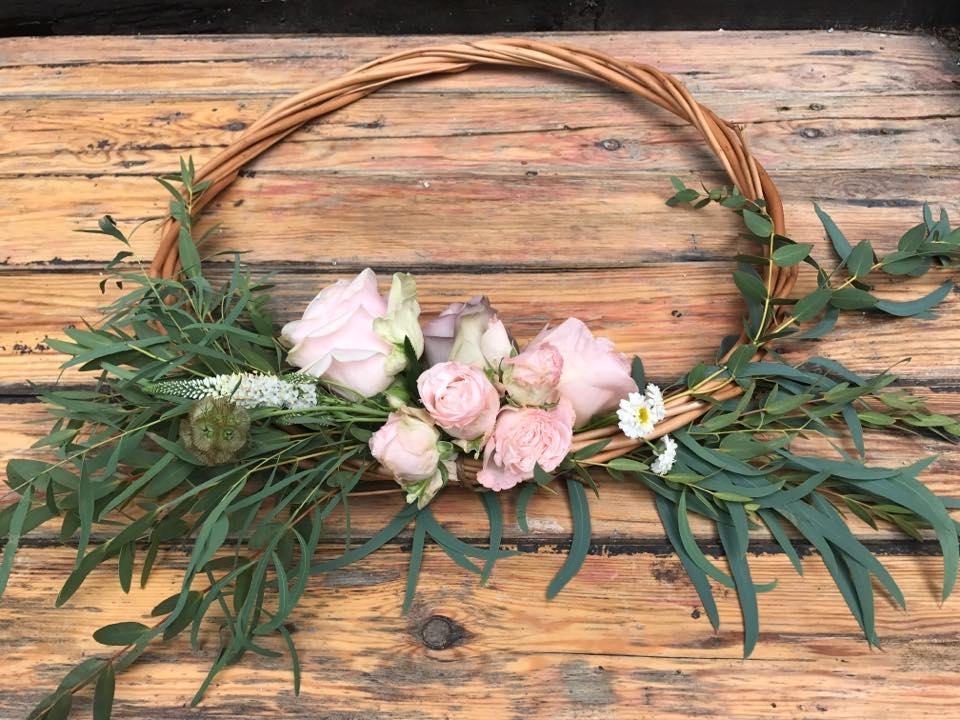 bridesmaidwoodencirclets.jpg