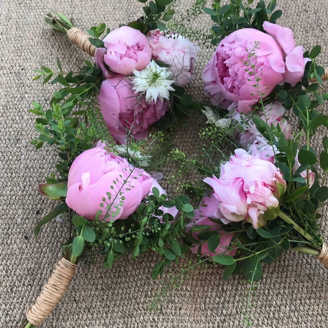 pinkpeonybridesmaidflowers.jpg