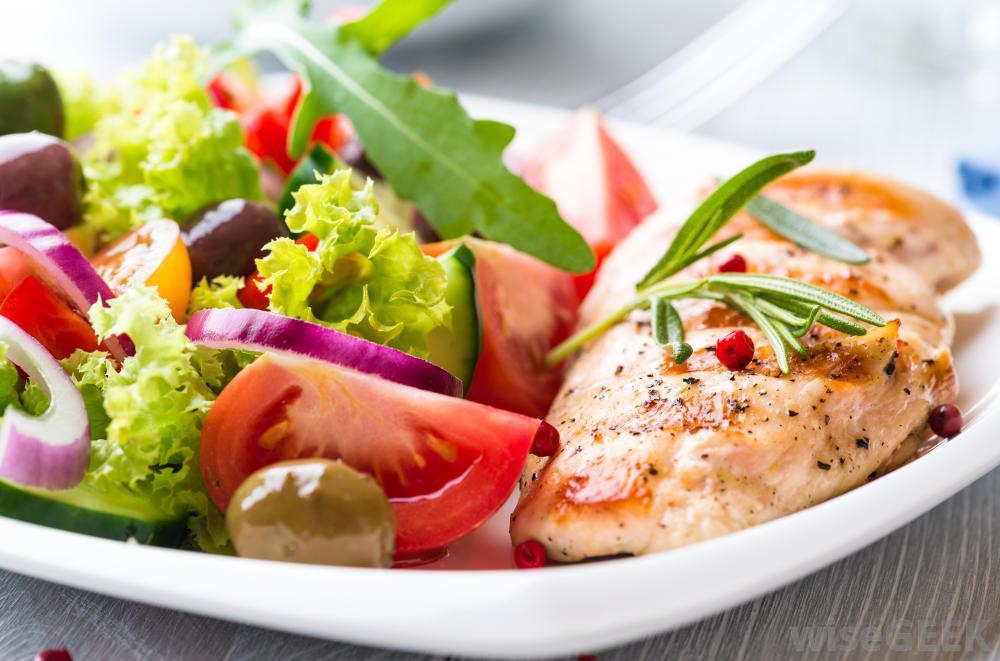 chicken-breast-and-salad.jpg