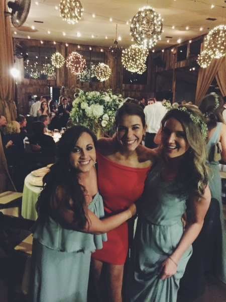 I mean, could there be cuter bridesmaids?!