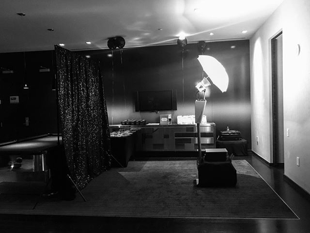 Some things are just better in ▪️black & white.▫️ #bts at Anuja's Roaring 20s Themes Birthday. #ekadaphotobooth