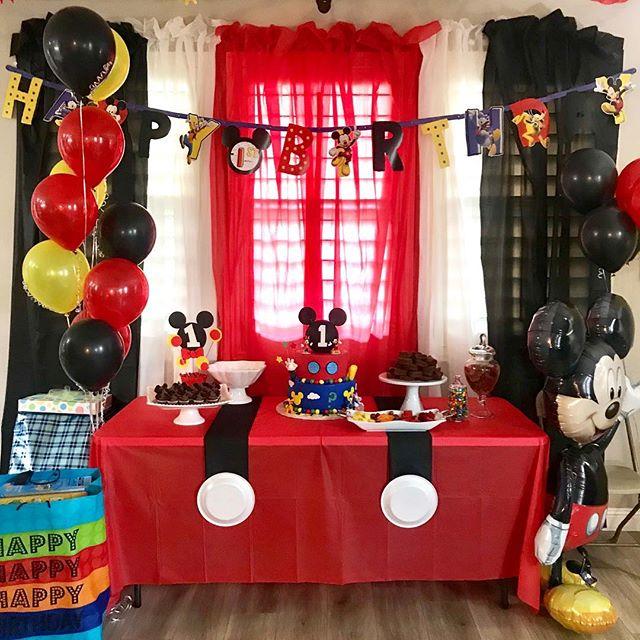 💛🖤Liam's 1st Birthday.❤️💛 @jennysentmanat #ekadaphotobooth #bts