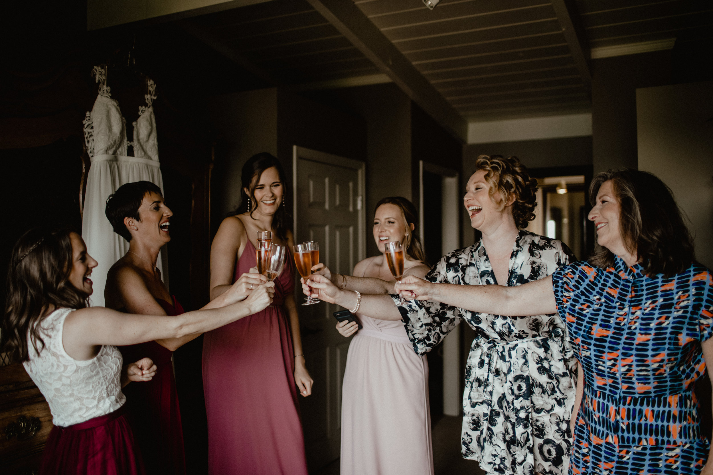 west-vancouver-backyard-wedding-14.jpg