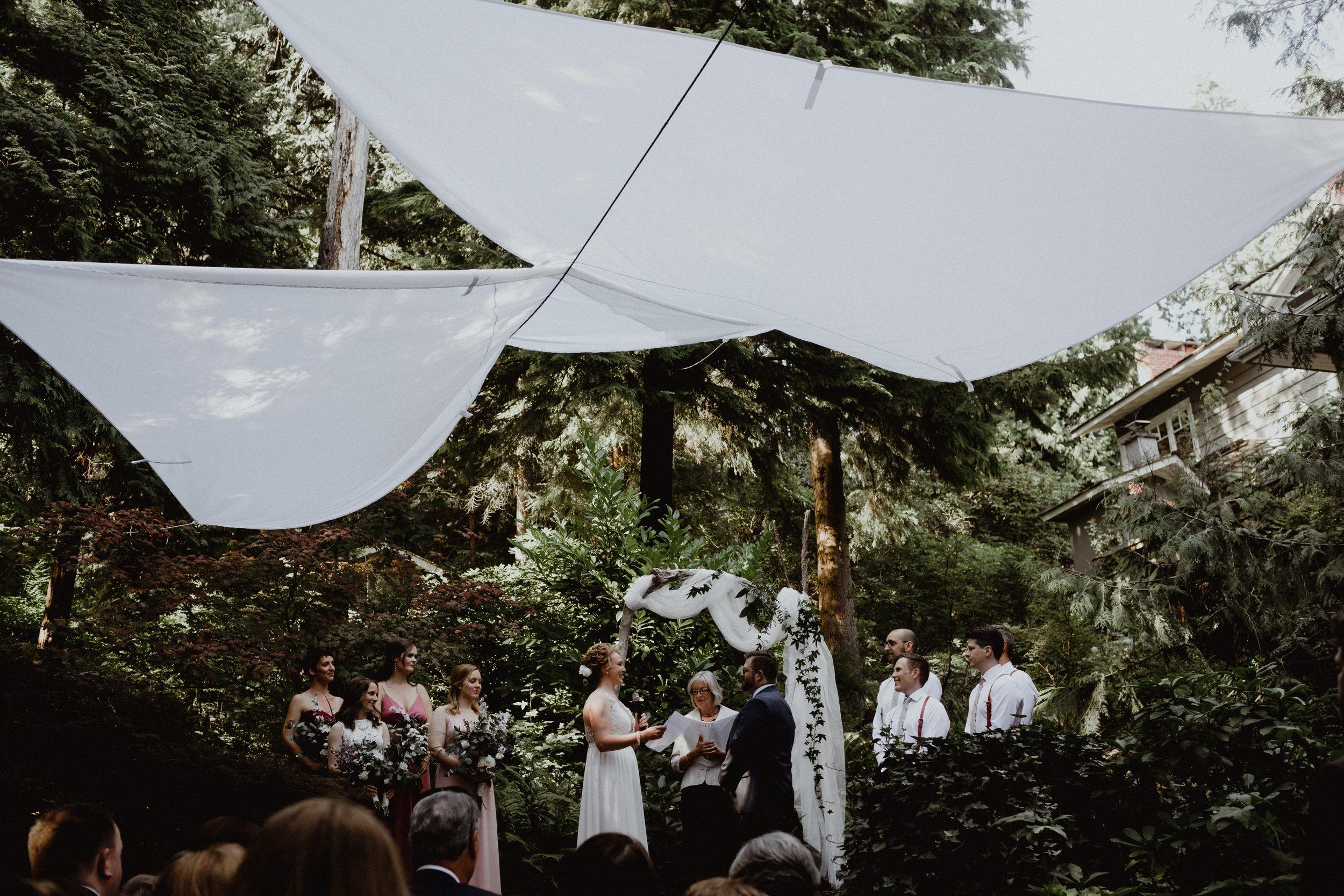 west-vancouver-backyard-wedding-115.jpg