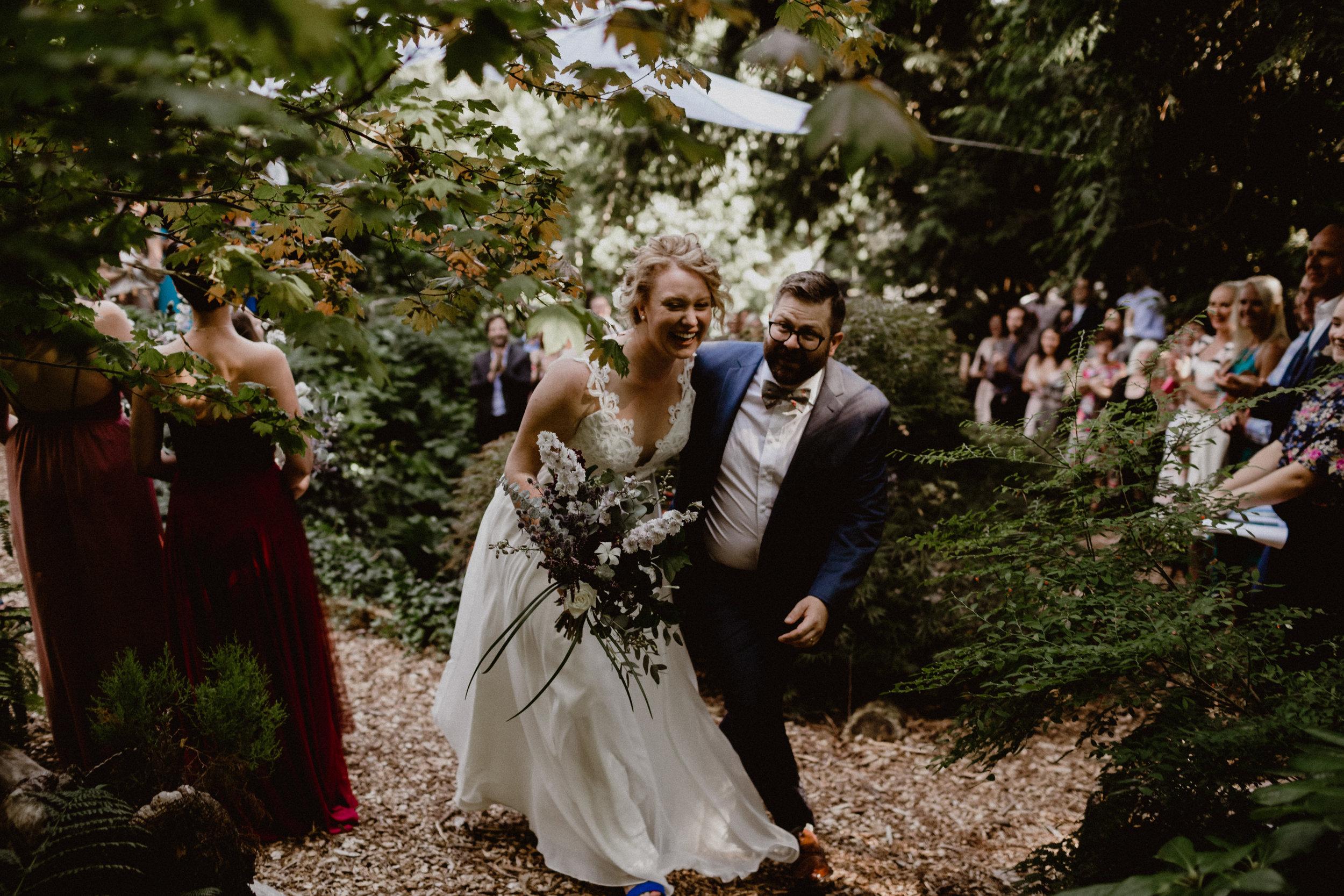 west-vancouver-backyard-wedding-129.jpg