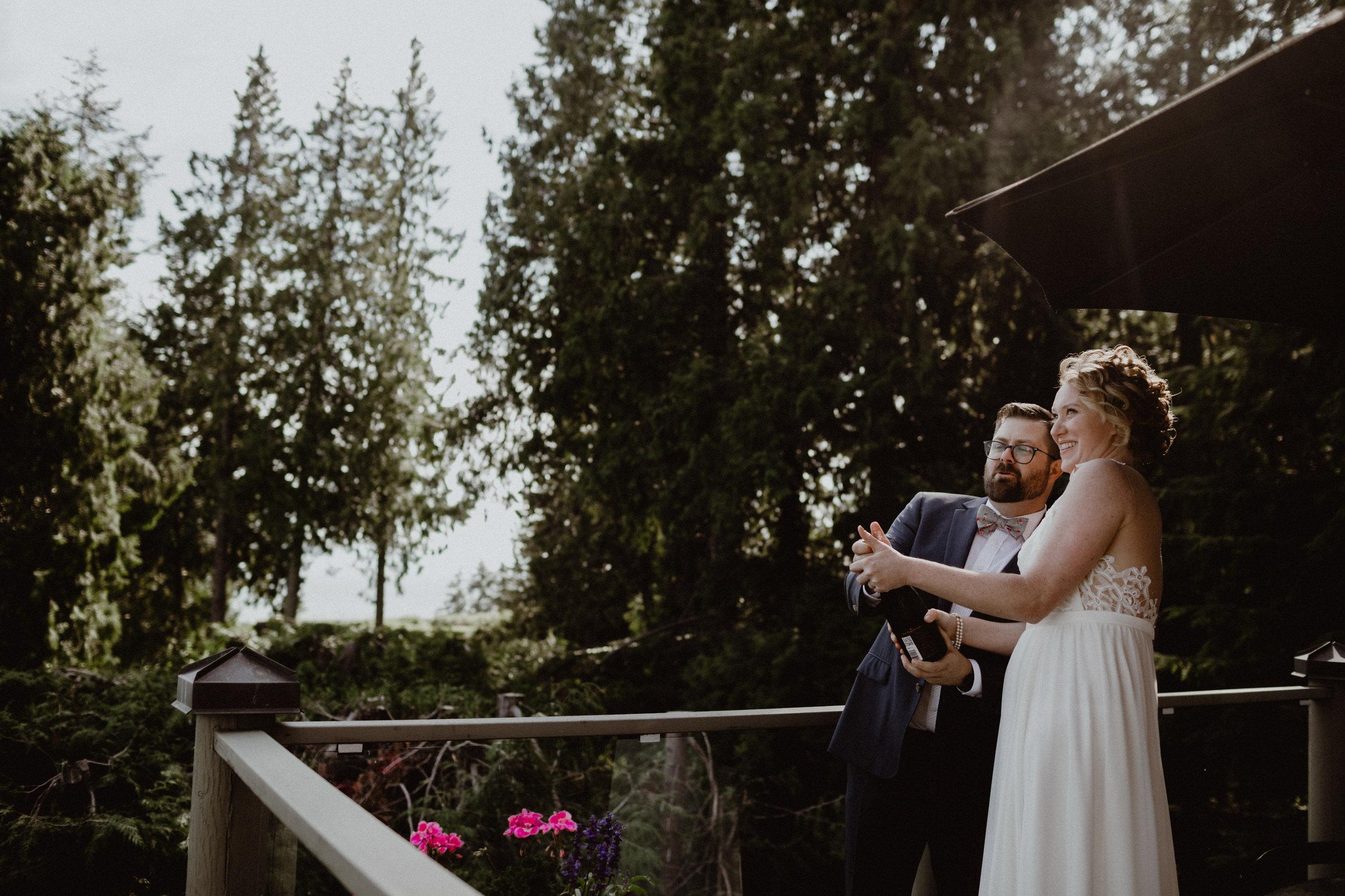 west-vancouver-backyard-wedding-139.jpg