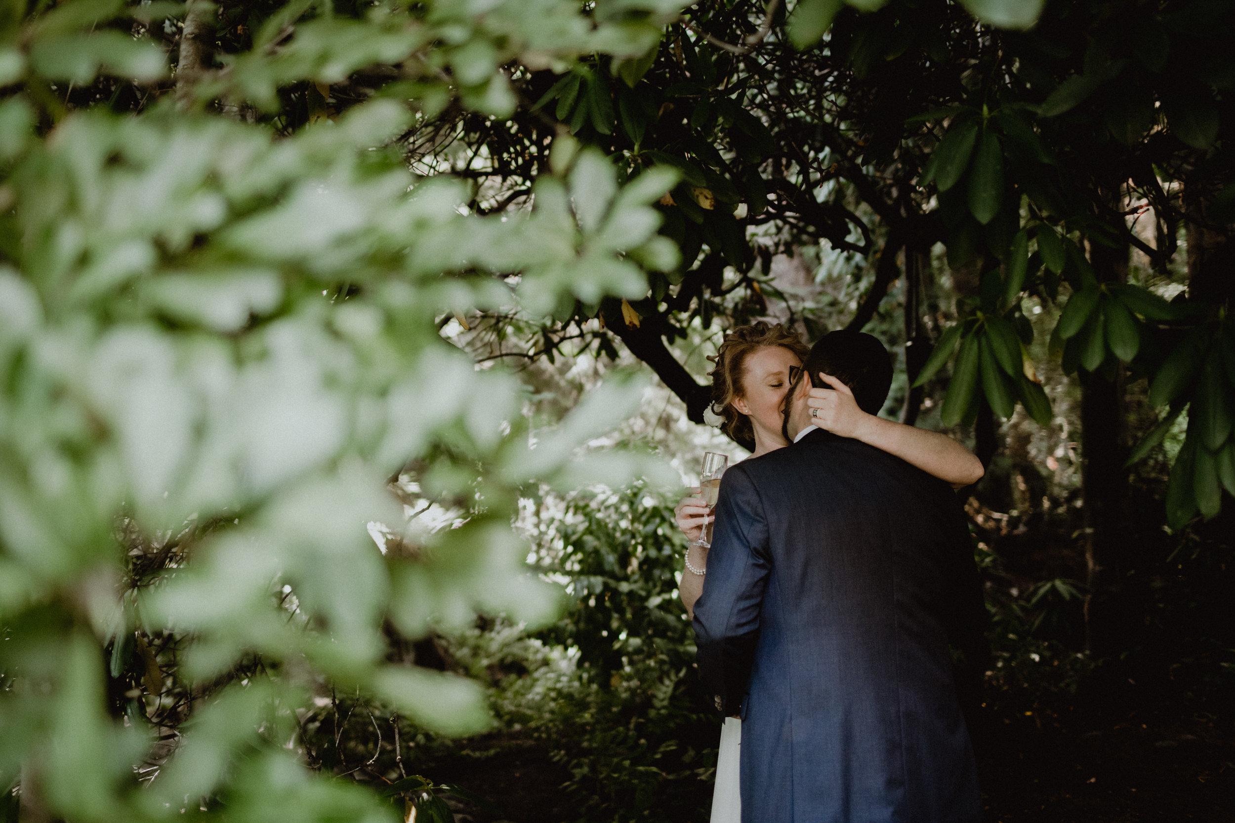 west-vancouver-backyard-wedding-145.jpg