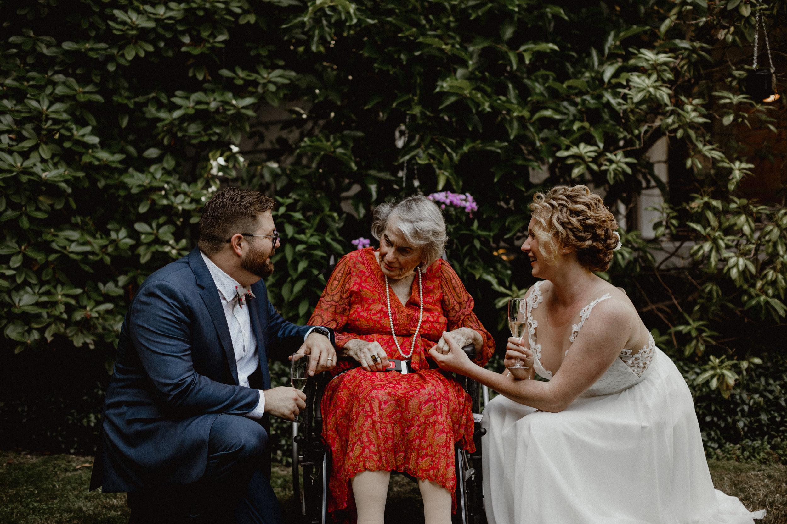 west-vancouver-backyard-wedding-155.jpg