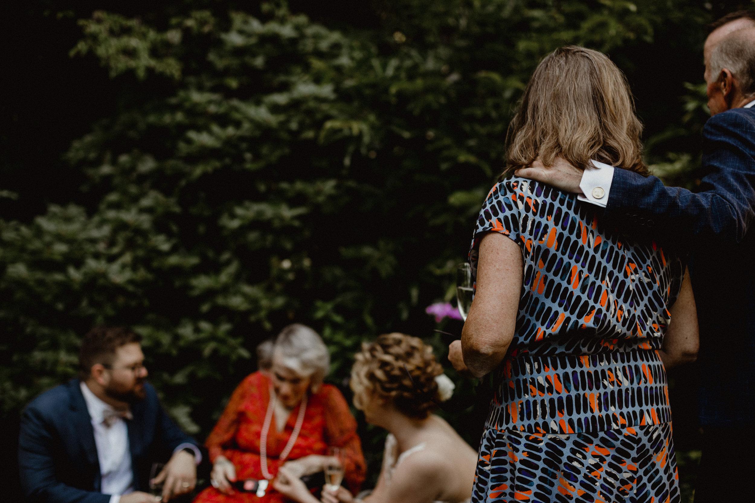 west-vancouver-backyard-wedding-156.jpg