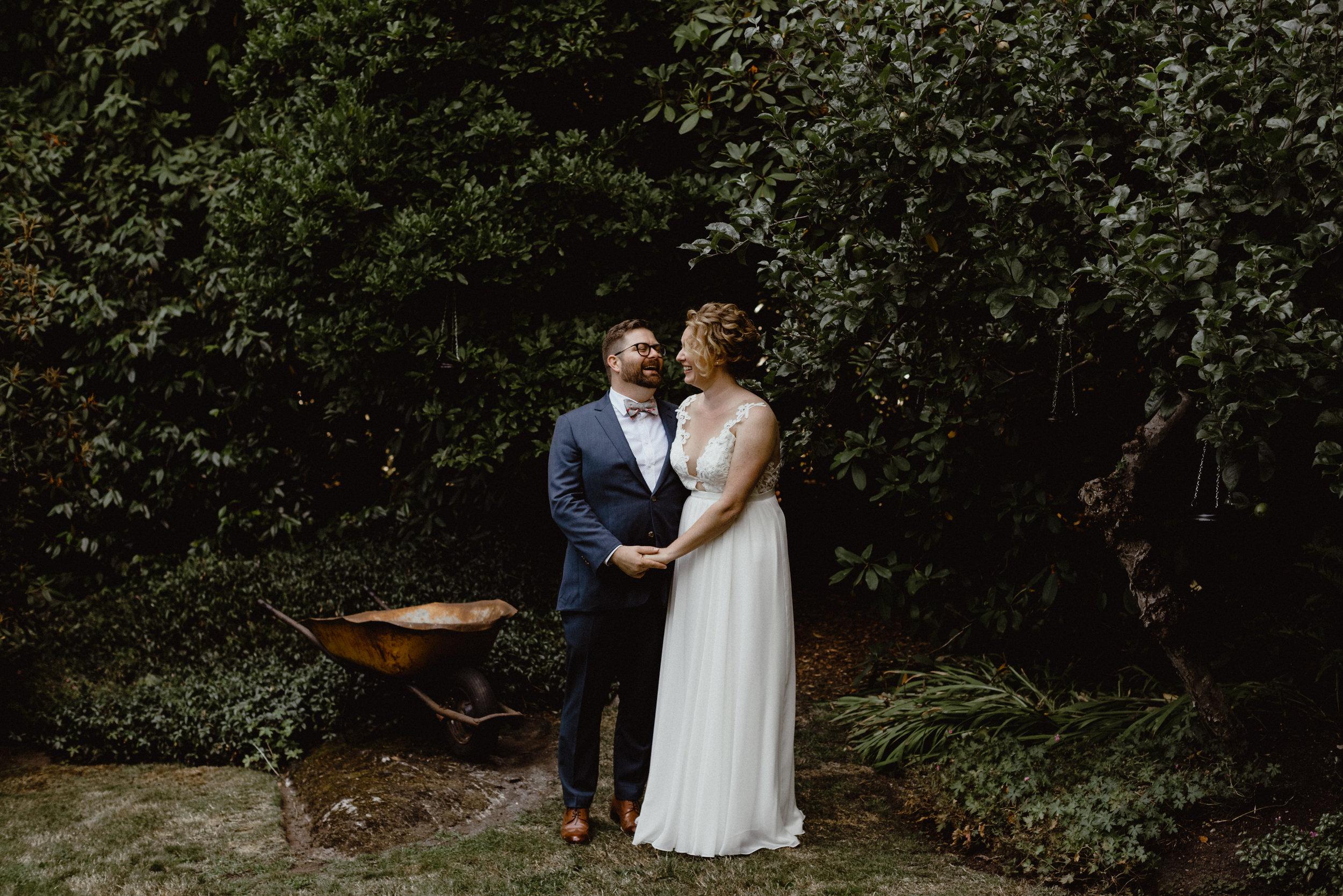 west-vancouver-backyard-wedding-176.jpg