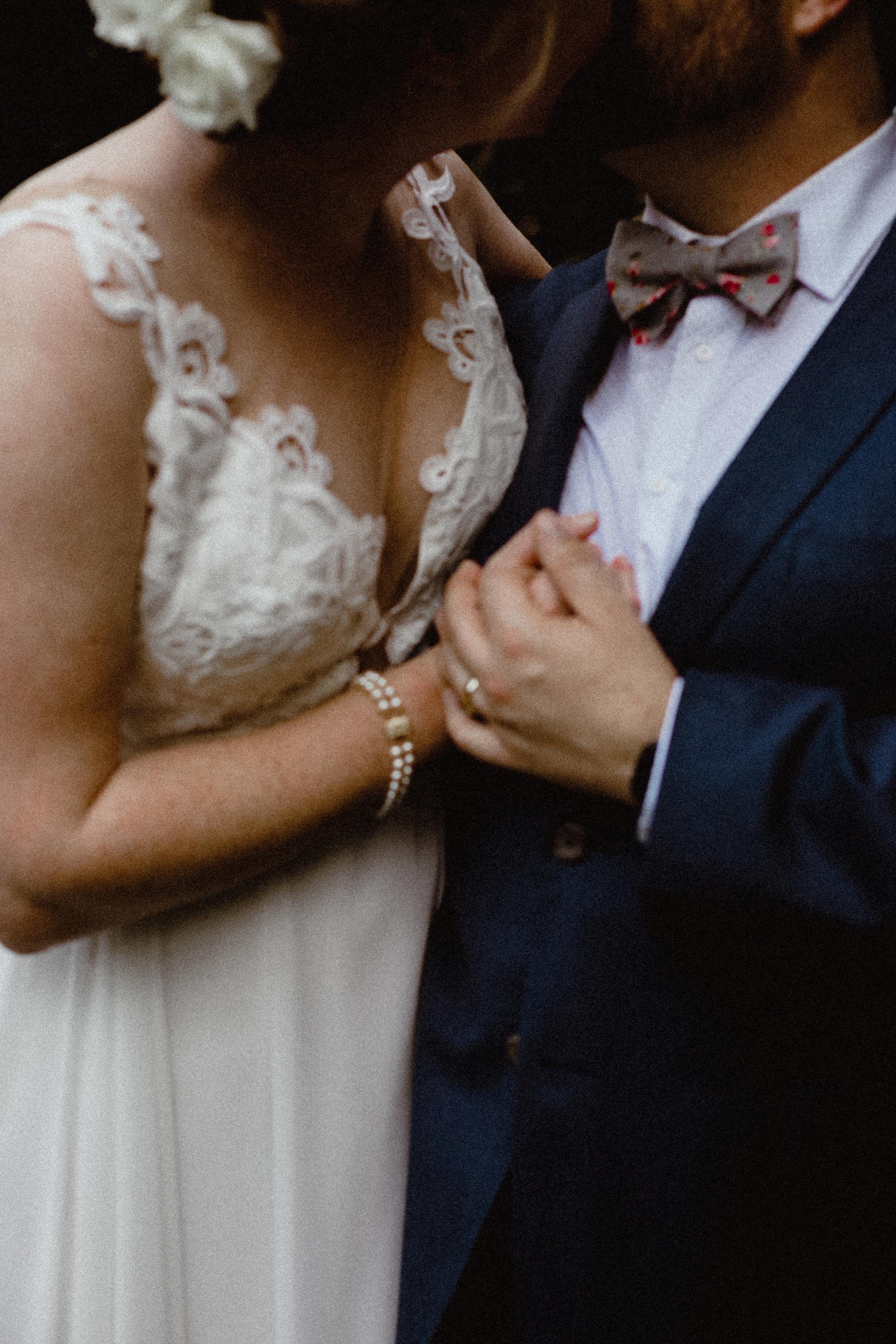 west-vancouver-backyard-wedding-180.jpg