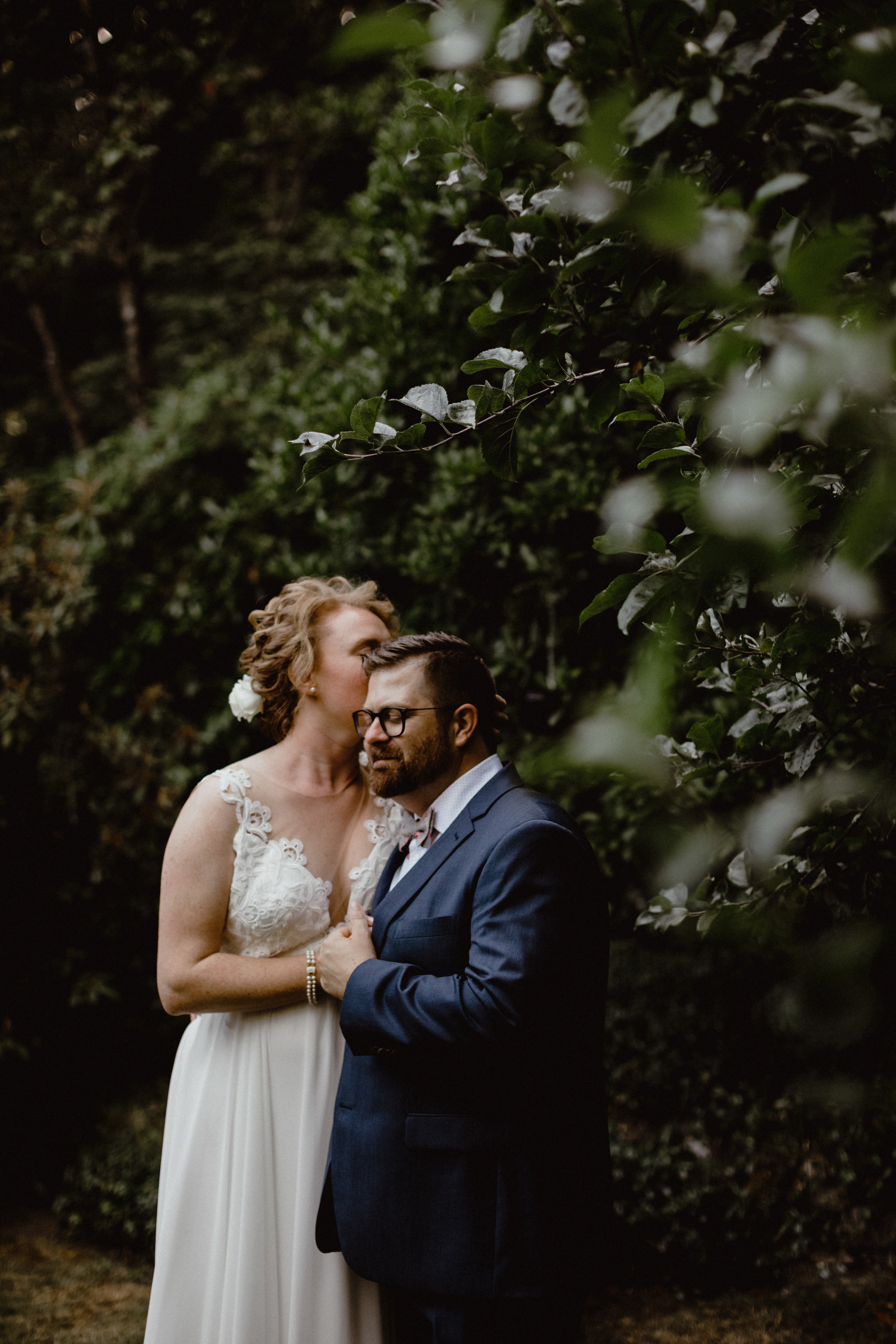 west-vancouver-backyard-wedding-182.jpg