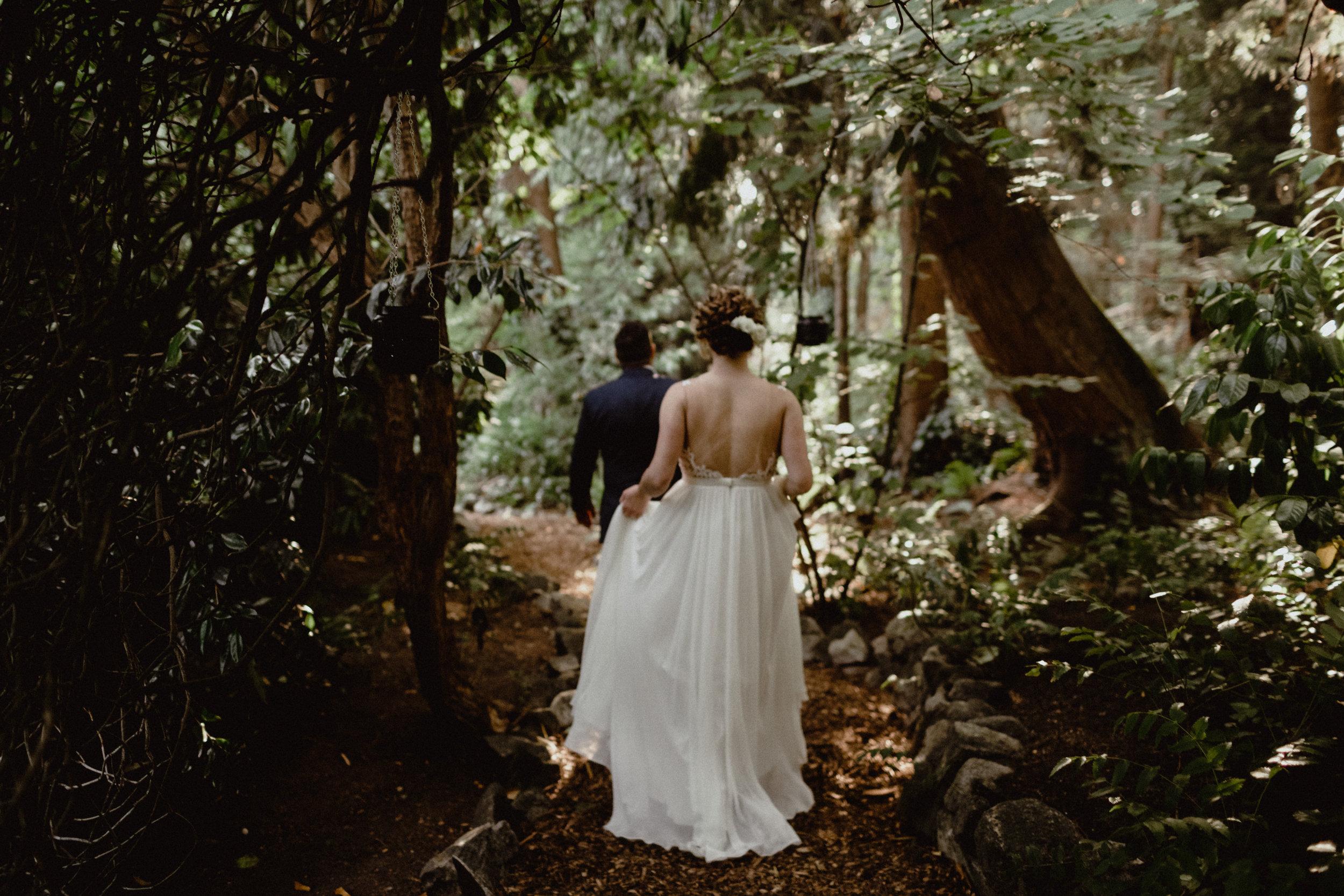 west-vancouver-backyard-wedding-187.jpg