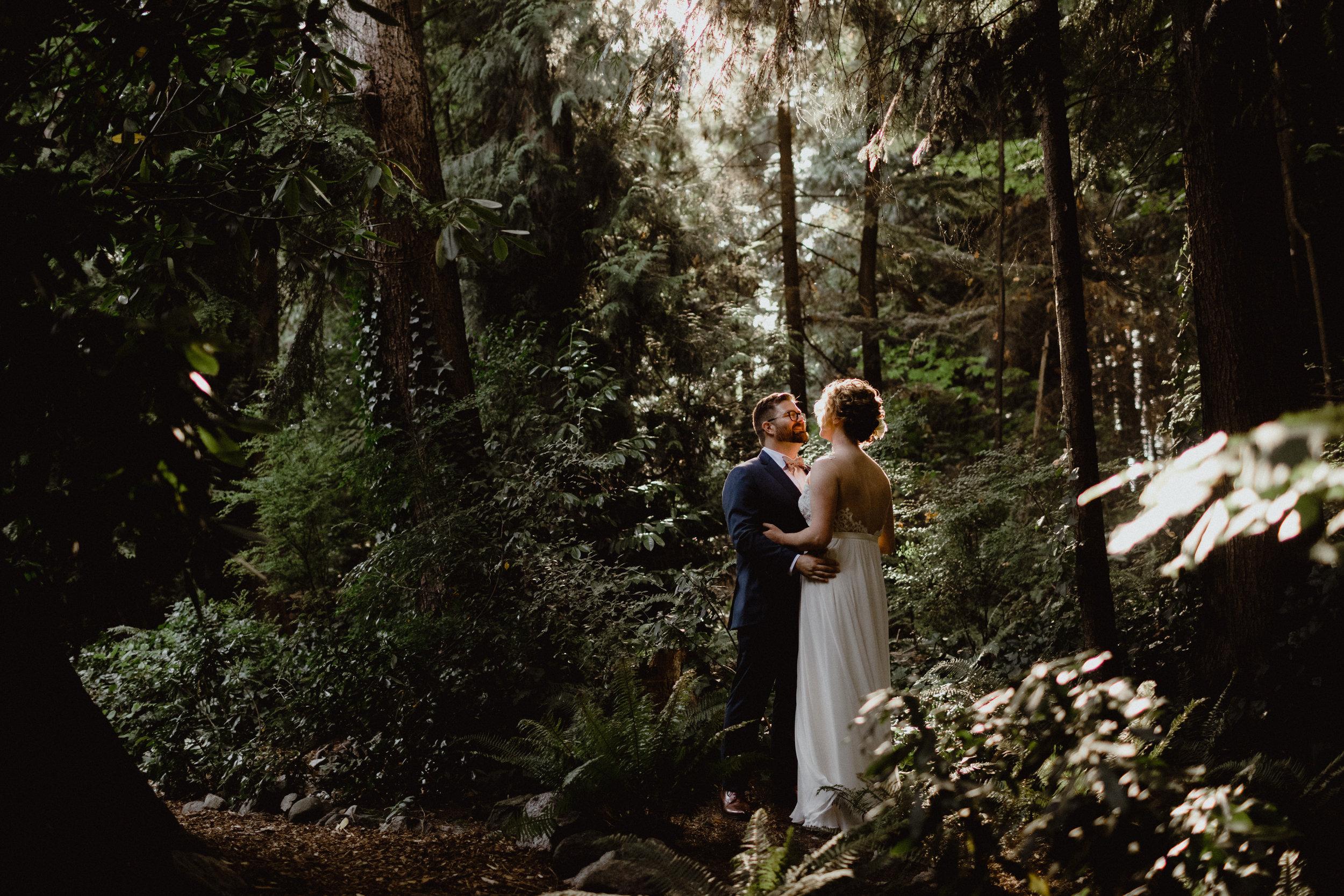 west-vancouver-backyard-wedding-190.jpg