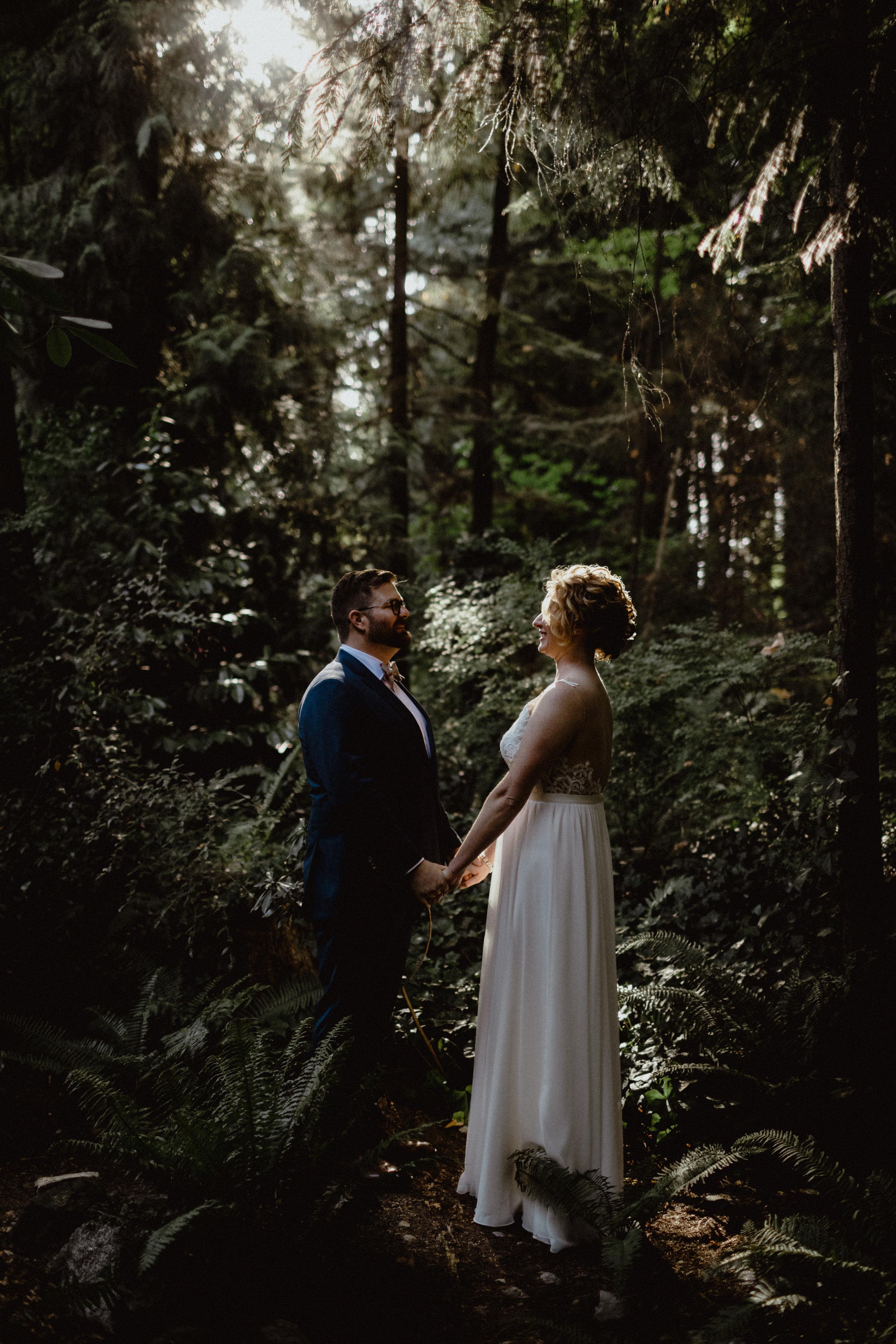 west-vancouver-backyard-wedding-194.jpg