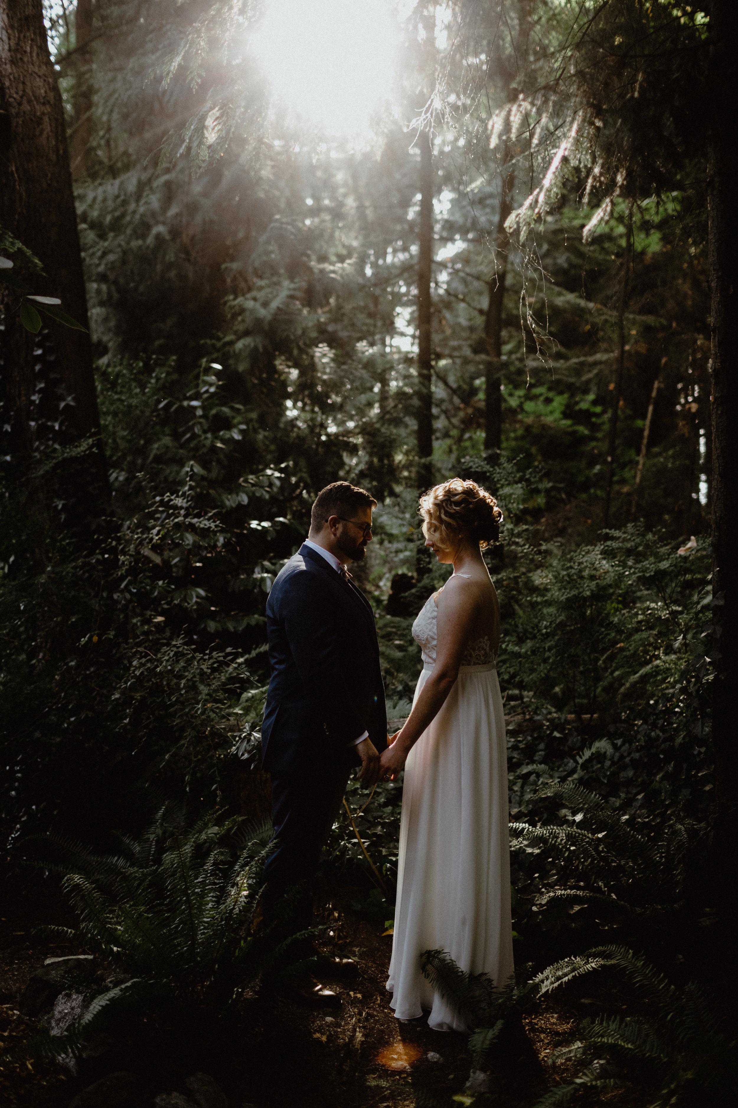 west-vancouver-backyard-wedding-196.jpg